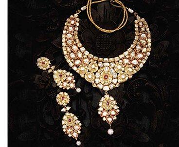Tejasvi Diamond Earrings diamond necklace